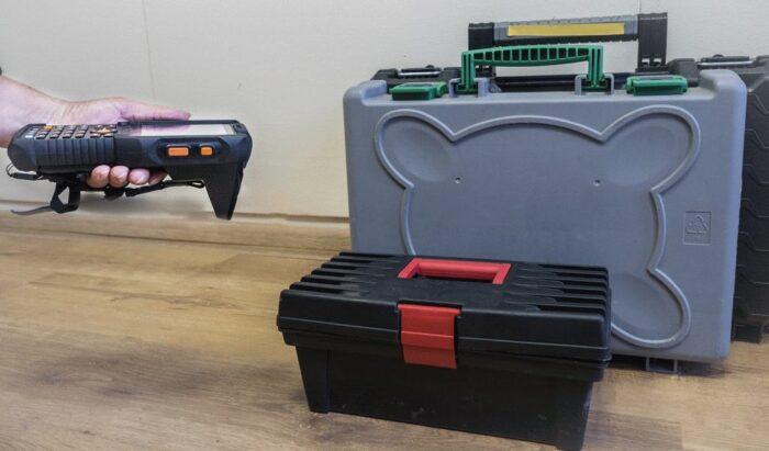 ewidencja elektronarzędzi czipami RFID
