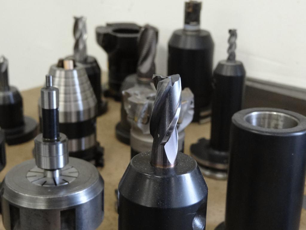 ewidencja-narzedzi-skrawających-CNC-w-firmie-produkcyjnej